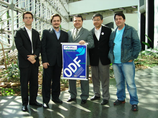 Folks related to the ODF initiative in Paraná